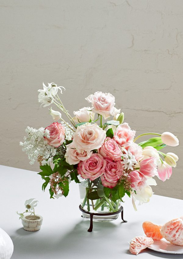 pretty and & feminine whitemoss flowers florist melbourne victoria australia same day delivery cbd