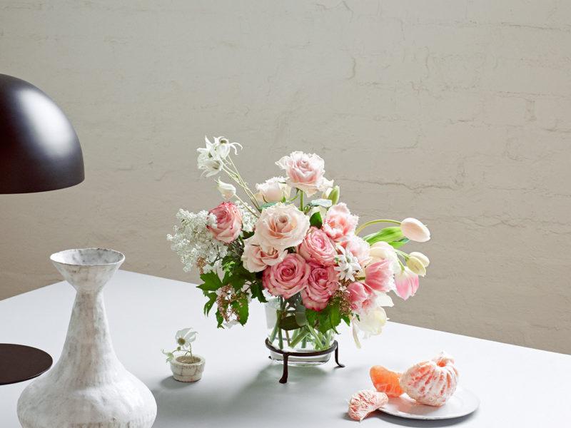 pretty and & feminine whitemoss flowers florist melbourne victoria australia same day delivery cbd